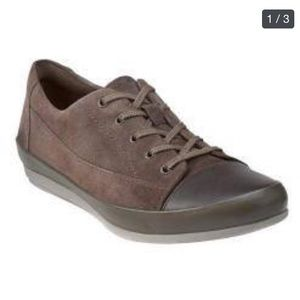 Clarks Lorry Grace Lace Up  Taupe Suede/Leather